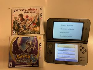 New Nintendo 3DS XL with Pokémon Moon and Fire Emblem (No charger/stylus) for Sale in West Covina, CA