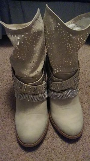Womens boots for Sale in Bristol, PA