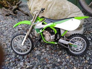 Kawasaki 250 1/10 scale motorcycle so realistic! for Sale in Graham, WA