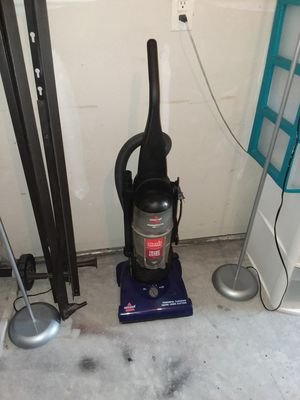 Firm price bagless vacuum cleaner for Sale in Durham, NC