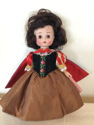 Story book doll series Snow White Effanbee Dolls 94 Lmt Edition V503 for Sale in Berlin, MD