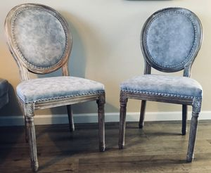 French farmhouse oval back nailhead dining side chairs (2) for Sale in Torrance, CA