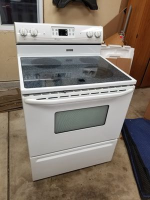 Maytag electric stove for Sale in Middleville, MI