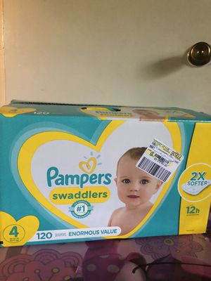 big box of Pampers swaddlers size 4 (120 DIAPERS)- -$30 for Sale in Riverdale, GA