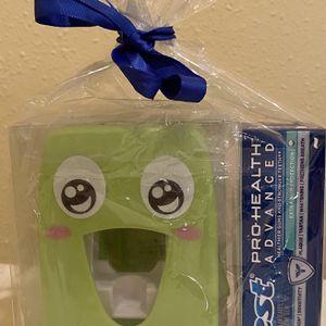 New Toothpaste Dispenser Gift Set for Sale in Sammamish, WA