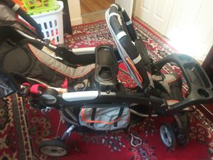 Jeep double stroller for Sale in Florissant, MO