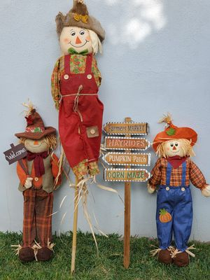 FALL/THANKSGIVING DECORATIONS for Sale in Los Angeles, CA
