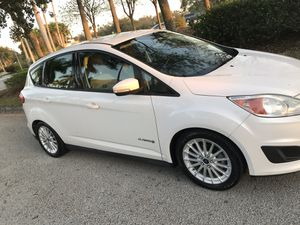 2013 Ford C-Max Hybrid for Sale in Miami, FL