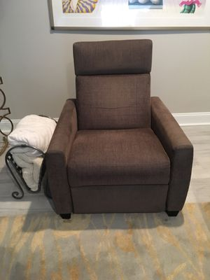 Reclining chair for Sale in Philadelphia, PA