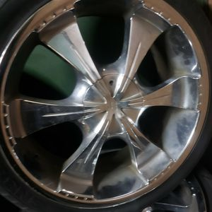 rines 22 los 4 x200$ for Sale in Bellflower, CA