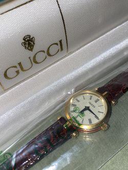 Gucci Vintage Ladies watch for Sale in Chandler,  AZ