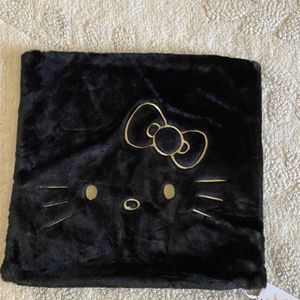 Pottery Barn Hello Kitty Pillow Cover - NEW for Sale in Scottsdale, AZ