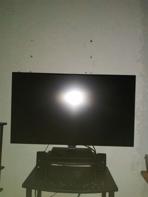 LG 43' 4K IPS Monitor 43UN700-B for Sale in Monterey Park, CA