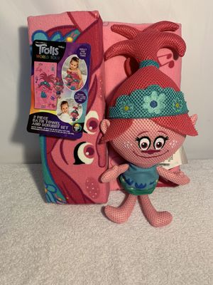 Trolls World Tour 2-Piece Bath Towel and Character Scrubby Set, Kids Bath Set, Poppy for Sale in Auburn, GA