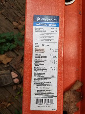 36 foot fibreglas ladder for Sale in Kingston Springs, TN