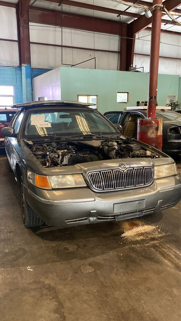 2002 mercury grand marquis part out