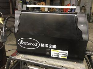 Eastwood 250 mig welder for Sale in Dixmoor, IL