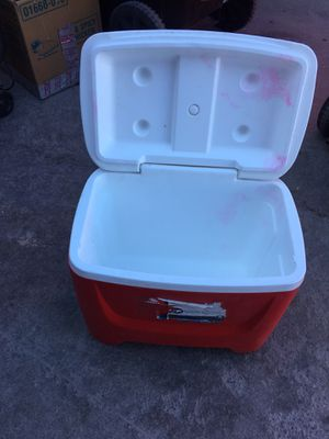 Small cooler for Sale in Las Vegas, NV