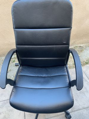 Office desk chairs for Sale in Los Angeles, CA