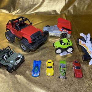 Plastic And Metal Car Truck Toys Includes 1998 Jeep And Hot wheels for Sale in San Antonio, TX