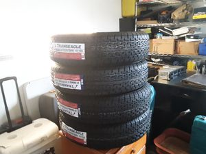 St 225/75r/15 trailer tires for Sale in Hesperia, CA
