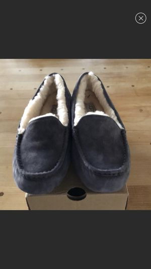 New! UGG loafers size 10 ladies for Sale in Chicago, IL