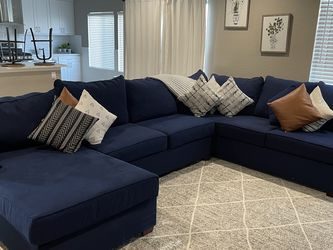 Sectional Couches/Sofas for Sale in Ontario,  CA