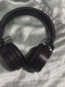 Blackweb Bluetooth Headphones for Sale in Portsmouth,  VA