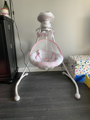 Baby swing for Sale in Mount Prospect, IL