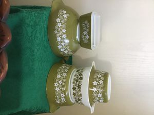 Vintage Pyrex Green Spring Blossom Crazy Daisy Mixing Bowls & Refrigerator Dish for Sale in Murrieta, CA