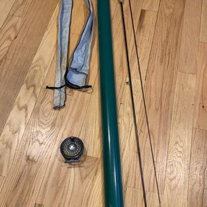 Like new Orvis graphite green mountain series rod, reel, line, rod sock and case - 8ft for 6wt line. for Sale in Simsbury, CT