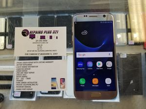 Unlocked Gold Galaxy S7 32gb for Sale in Melbourne, FL
