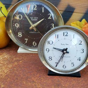 Vintage clocks for Sale in Hemet, CA