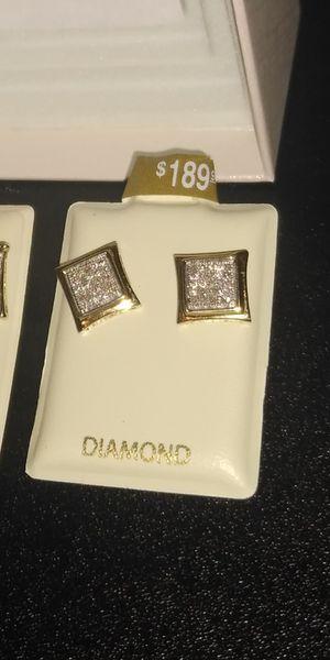 10k gold diamond earrings for Sale in Bartow, FL