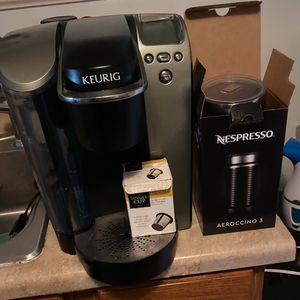 Keurig Coffee Machine And Aeroccino for Sale in Huntington Park, CA