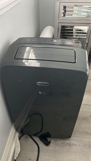 12000BTU portable ac unit for Sale in HUNTINGTN BCH, CA