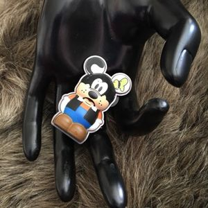 2011 Authentic Disney Parks collectible pin for Sale in Henderson, NV