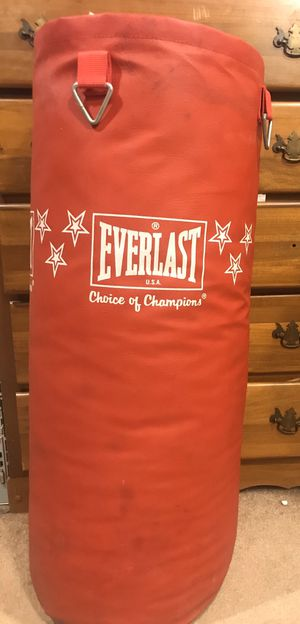 Everlast Hanging Punching Bag for Sale in Fort Wayne, IN