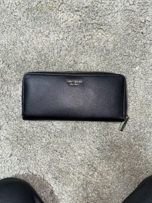 Black Kate Spade wallet for Sale in Aloha, OR