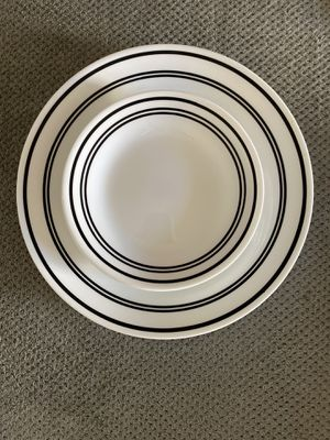 Plate Set for Sale in Riverside, CA