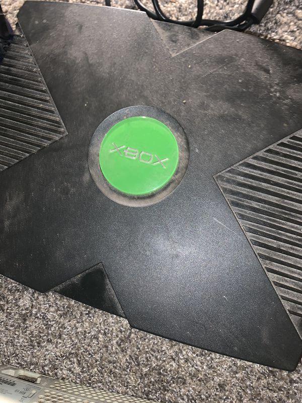 Xbox /360/ Nintendo w/ games bundle