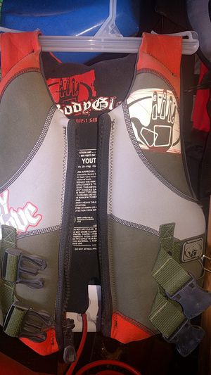 Body Glove Type II personal flotation device (PFD) for Sale in Ashburn, VA