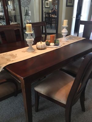 Dining room set for Sale in San Jose, CA