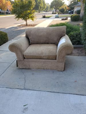 Free chair.... for Sale in Fresno, CA