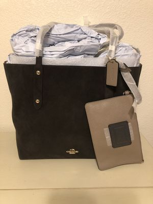 Coach Large Market Tote, Suede, Chocolate Brown for Sale in San Diego, CA