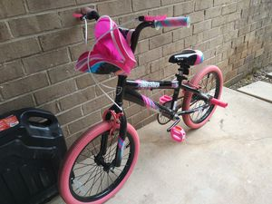 Bike for girl for Sale in Gaithersburg, MD