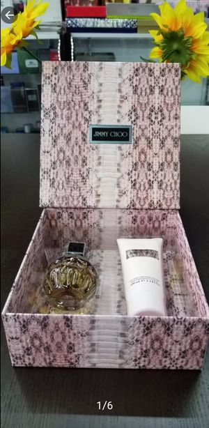 JIMMY CHOO Giftset FOR HER PERFUME/COLOGNE/FRAGRANCE for Sale in Irving, TX