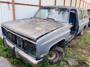 1973 - 1991 GMC SUBURBAN (PARTS ONLY) 1974; 1975; 1976; 1977; 1978; 1979; 1980; for Sale in Dallas, TX