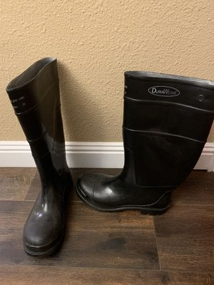 DuraWear Steal Toe Rain Boots Size 10 for Sale in Buena Park, CA