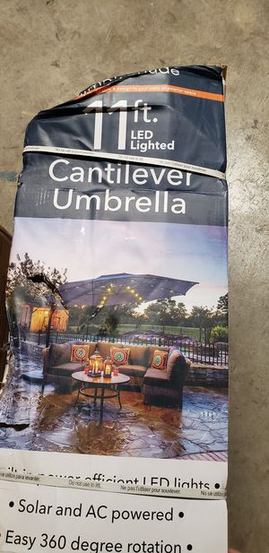 UMBRELLA for Sale in Woodland, CA
